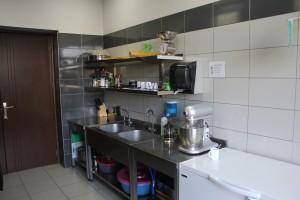 iscr georgien georgia kaukasus house housing member kitchen meal