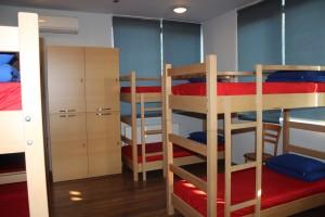iscr georgien georgia kaukasus house housing bed room